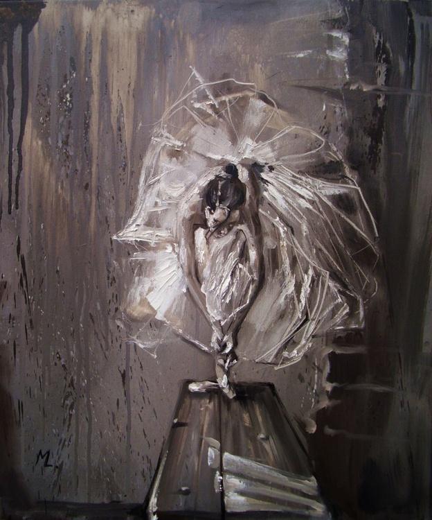 """GIRL IN BALLET - grey ligt """" - Image 0"""