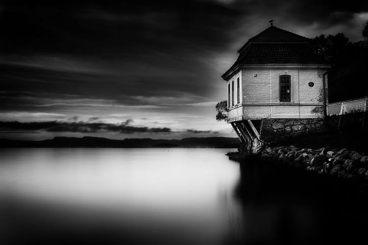 House By The Sea - Image 0