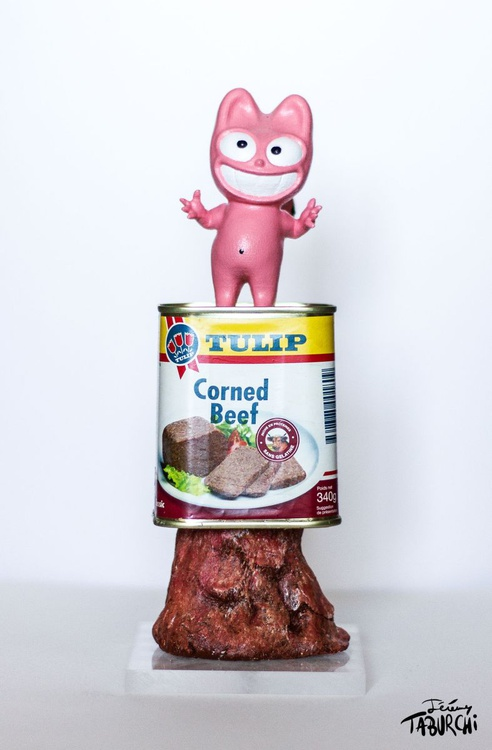 Corned Beef Pink Cat - Image 0