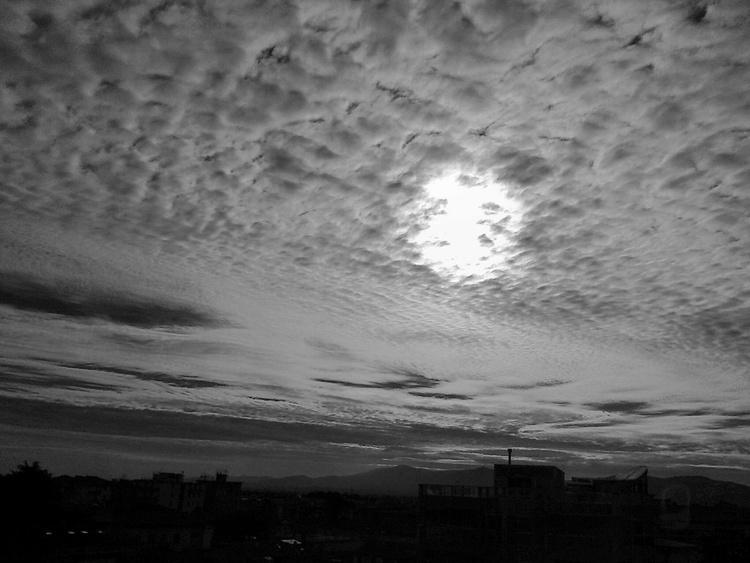 the last skyline Black and White - Image 0