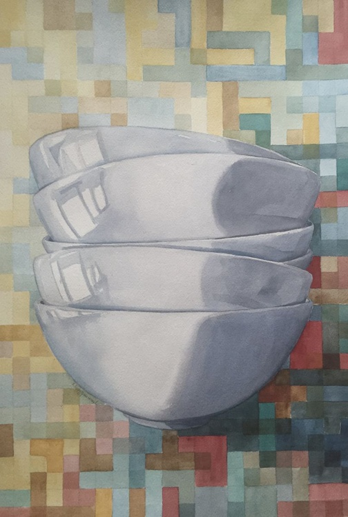 Bowl with checkered background - Image 0