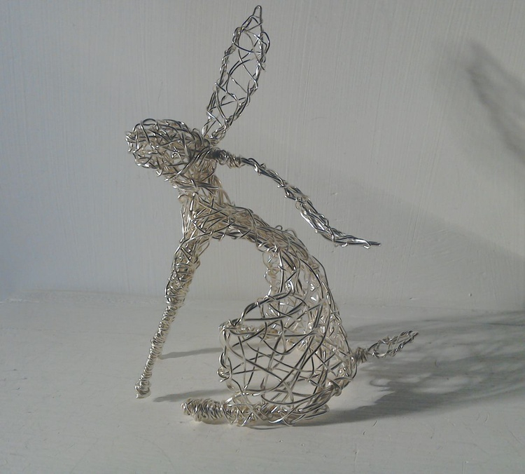 Silver Sitting Hare - Image 0