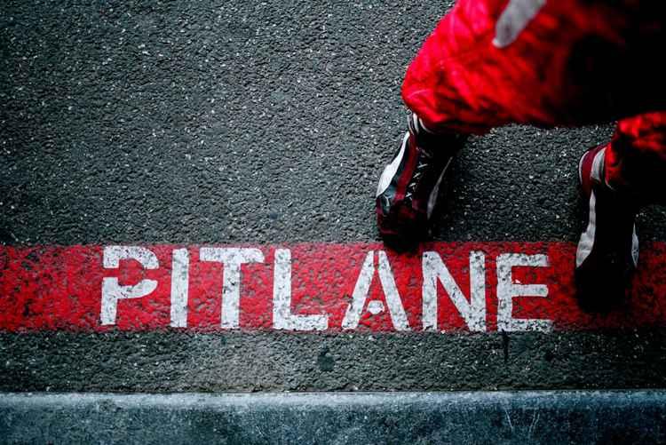 PITLANE -