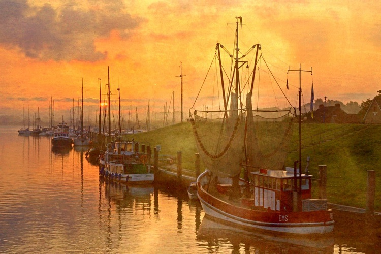 A new Day in the Harbour - Image 0