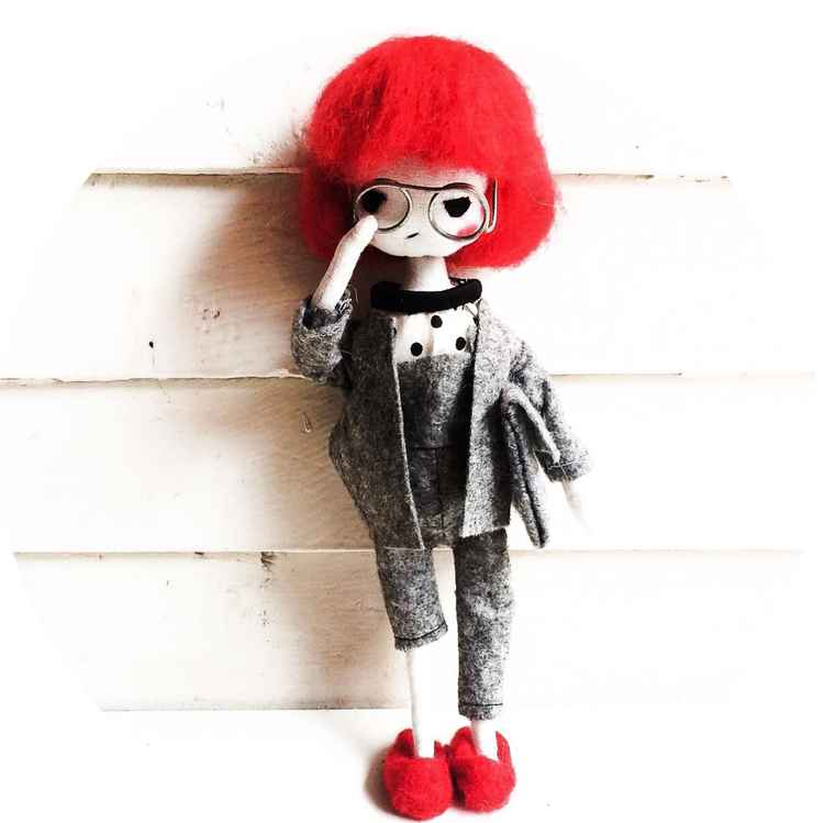 Caty - Poseable Ooak Doll with unique cloth