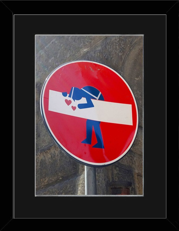 Kisses Sign - Florence - Framed - Image 0