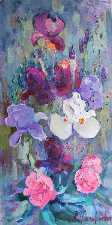 Iris June -