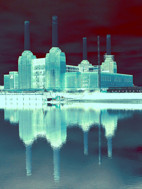 """BATTERSEA POWER STATION  NO:8  Limited edition  8/200 12 """"x 8"""" - Image 0"""