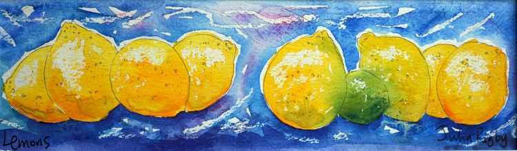 Lemons in a line -