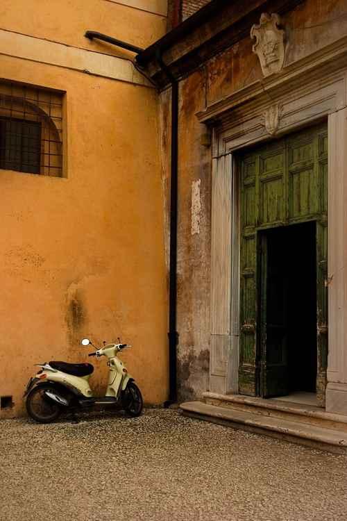 City Streets No.3 (Roma) -