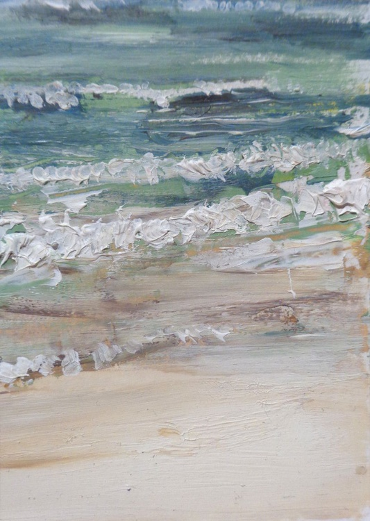 A close up study of the surf - Image 0