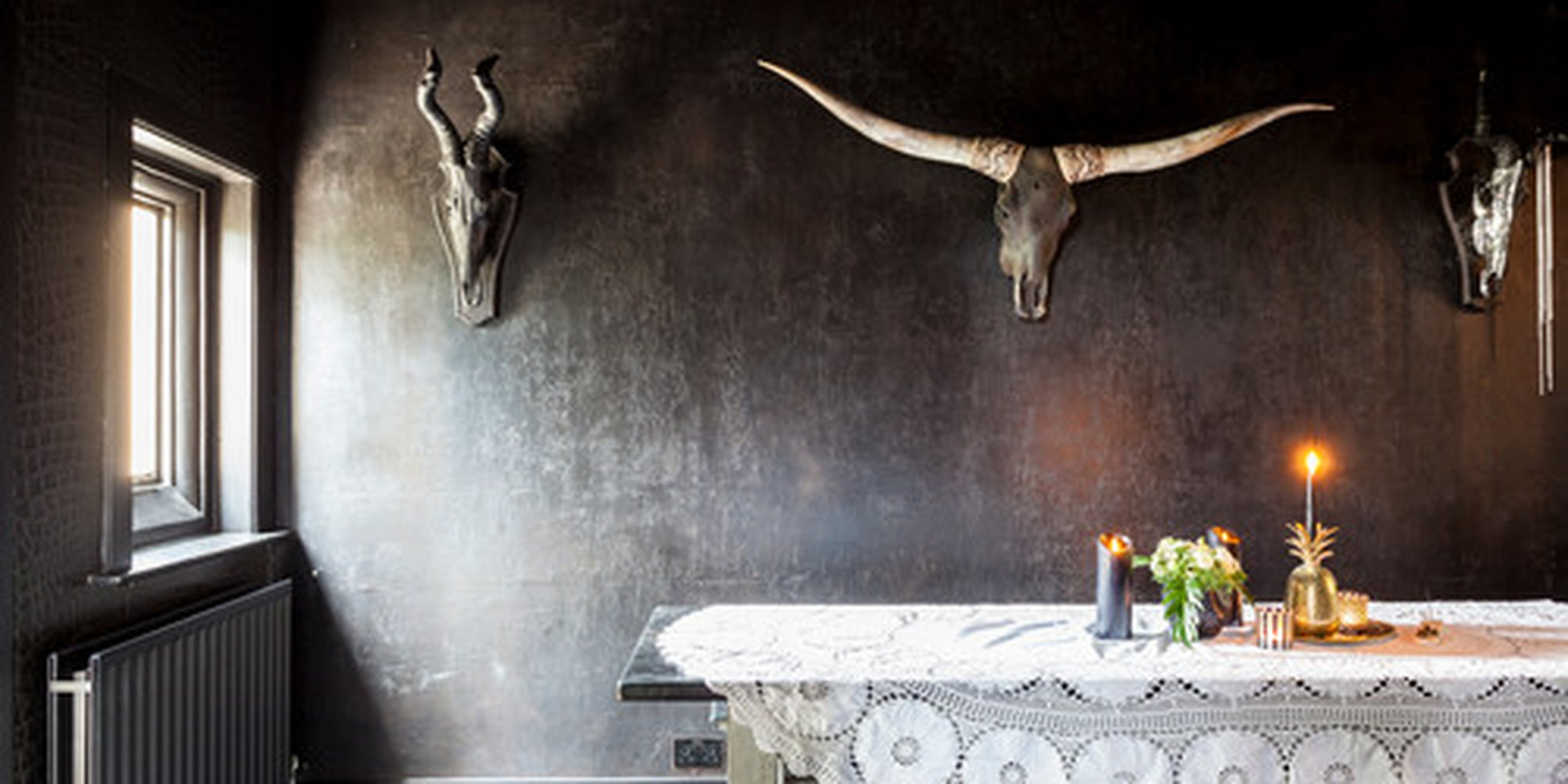 How to Create the Gothic Vibe in 10 Ways