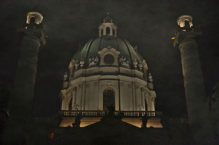Fog over Dome of Karlskirche - Image 0