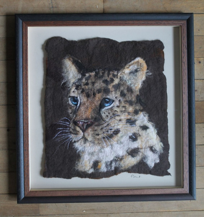 Study of an Amur Leopard made entirely of wool, framed. - Image 0