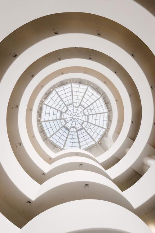 Guggenheim Interior. (42x59cm) - Image 0
