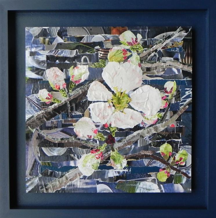 Navy Blossom - Image 0
