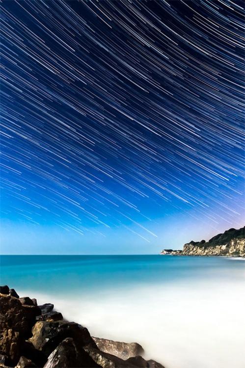 Streaks In The Sky Star Trail Print - Image 0