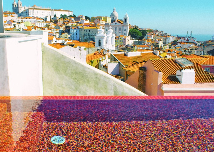Lisbon Chic - Image 0
