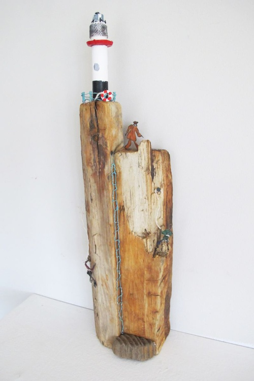 Driftwood Lighthouse Sculpture - Image 0