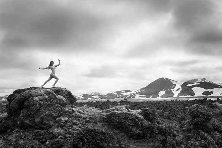 Fierce nude - Iceland - A1 -