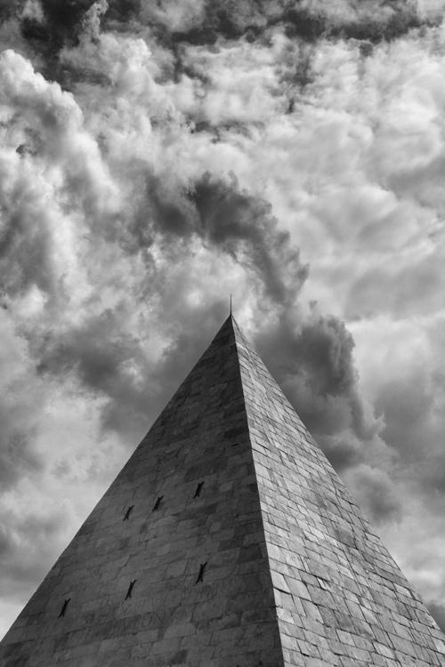 Pyramid [#201605020] - Image 0