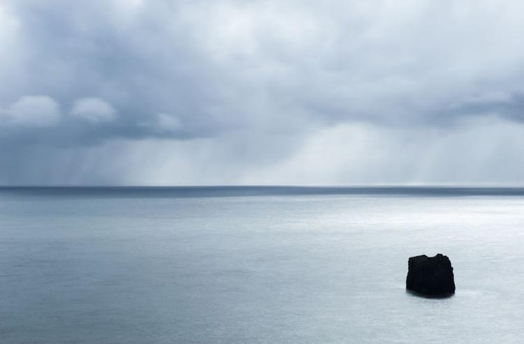 Rock in the sea 70x46cm - Image 0