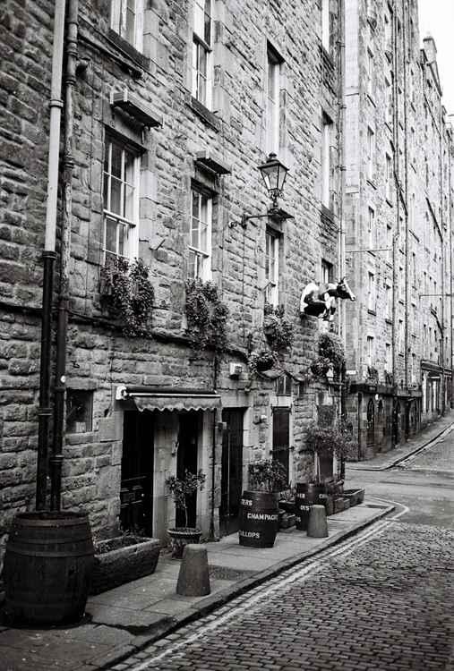 Cowgate (1) , Edinburgh