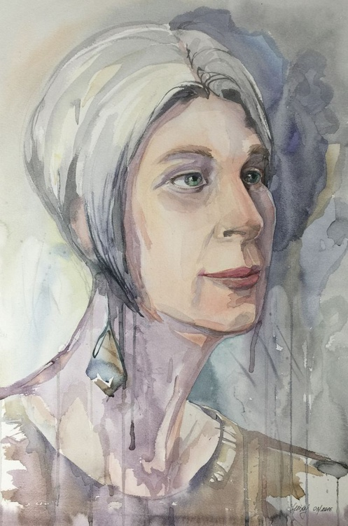Grey haired women - Image 0