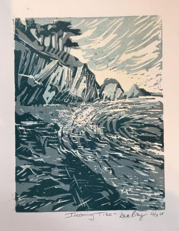 Incoming tide Lee bay - Image 0