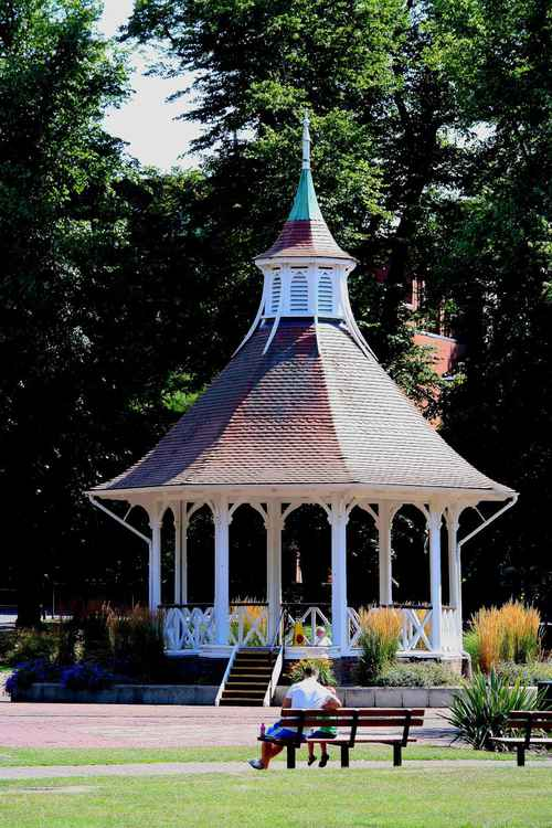 NORWICH BANDSTAND.