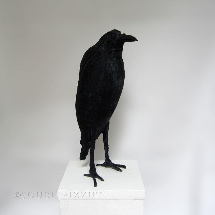Standing Raven Sculpture - Image 0