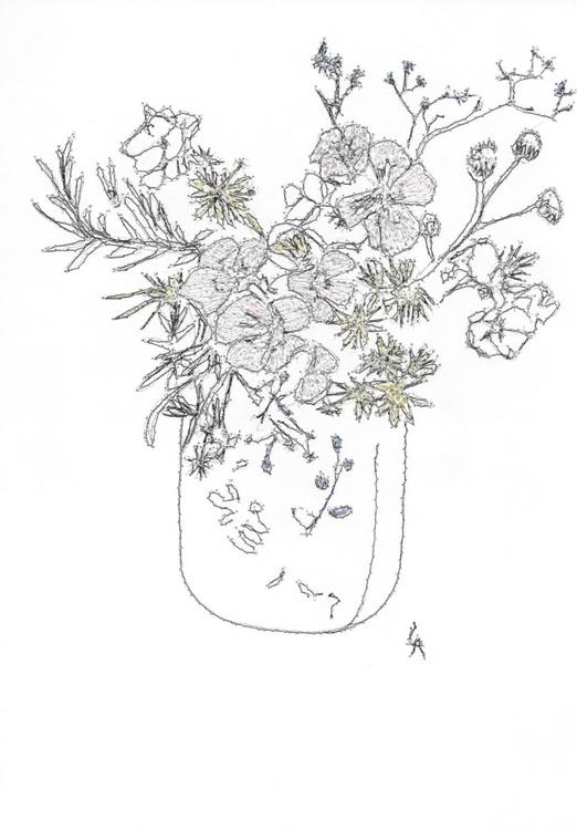 Pastel flowers in a vase - Image 0