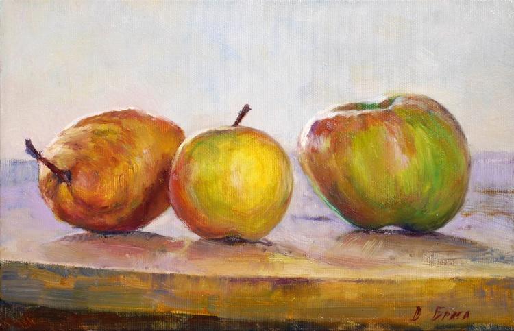 Bera and Apples - Image 0
