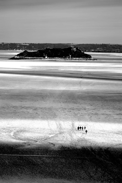 The sands of the Mont St Michel - The long way - Image 0