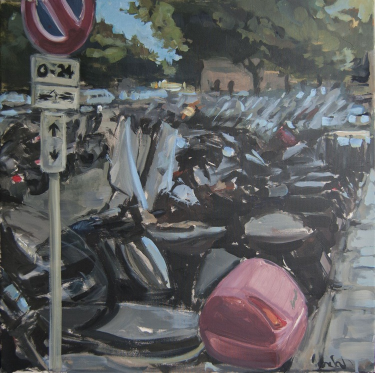 scooters parking at politeama - Image 0