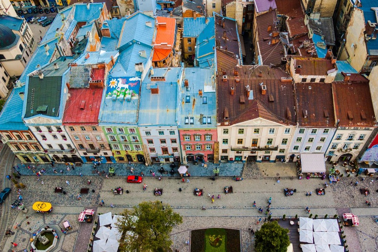 Colors of roofs. - Image 0