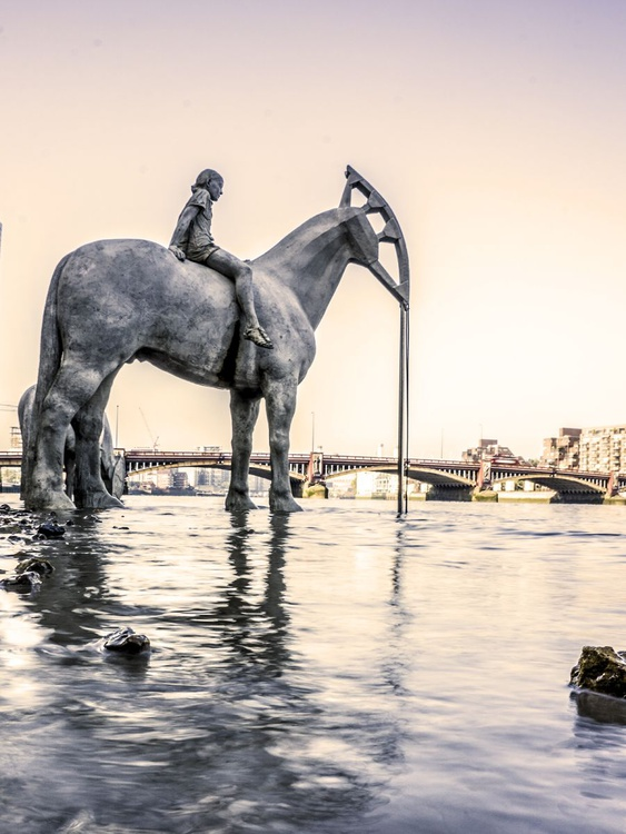 """LONDON'S RISING TIDE  N0:2 Warm  (Limited edition  1/50 12""""X16"""" - Image 0"""
