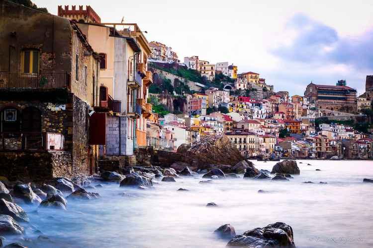 Chianale di Scilla, Italy -
