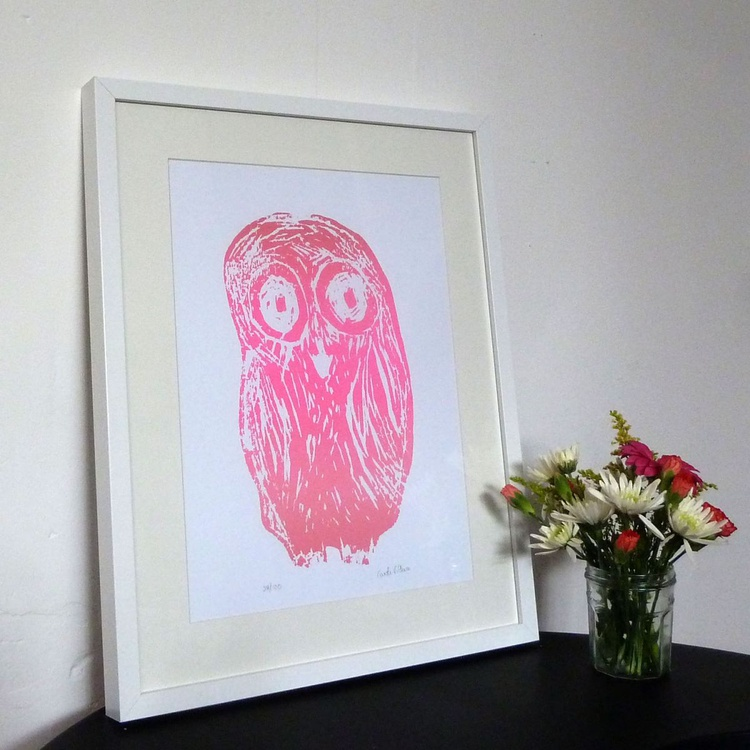 Owl in pink. Edition of 100 - Image 0
