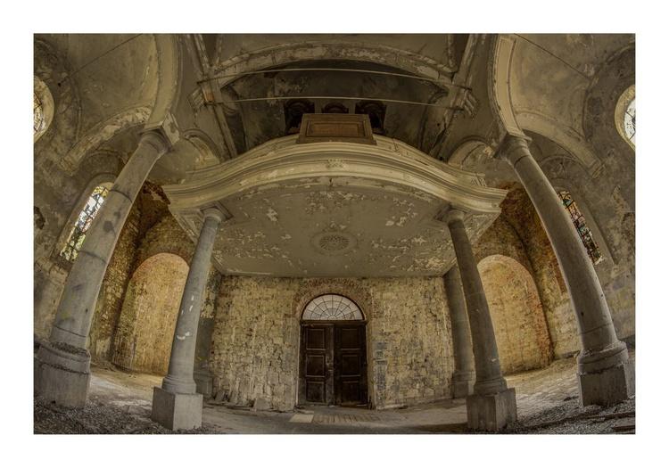 Pigeons Church (medium size) - Image 0