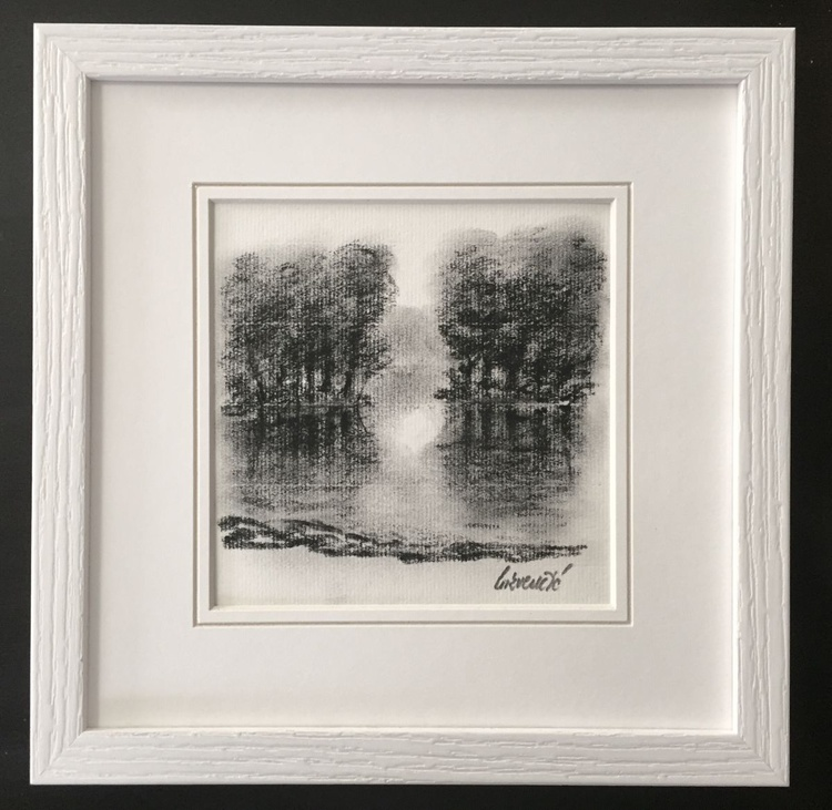 Framed - Lake scene - Image 0