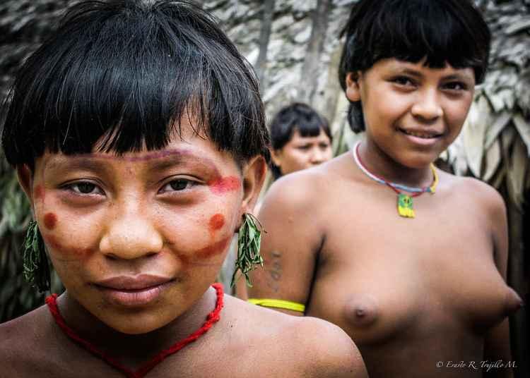 The Yanomami Girls- Amazon Rainforest - Bazil 2007