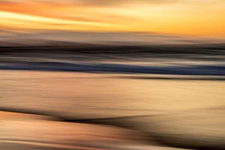 Seashore Churning Gold