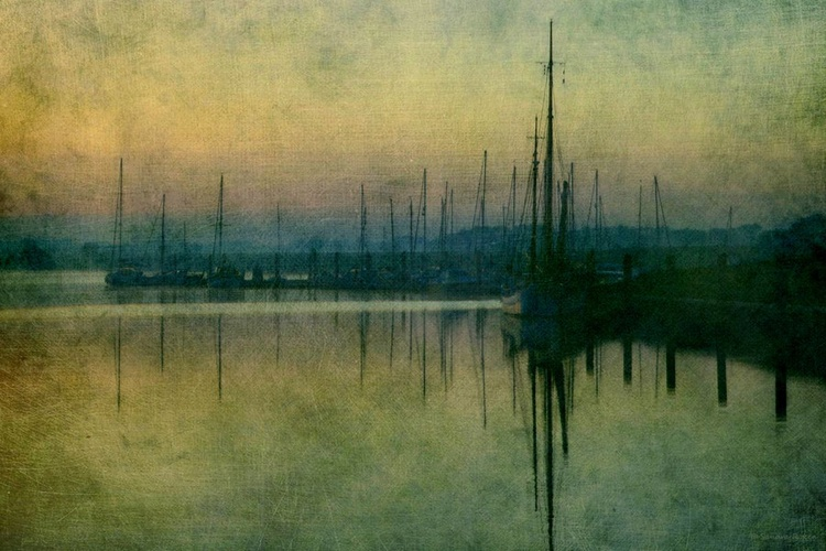 Misty Morning in the Harbour - Canvas 75 x 50 cm - Image 0