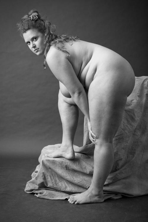 nude portrait N - Image 0