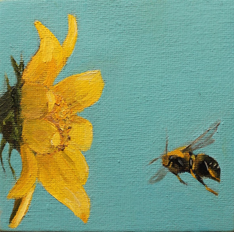 Bumblebee near Sunflower - Image 0