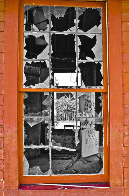 WEARY WINDOW - C Type Fuji Lustre Print 16 x 24