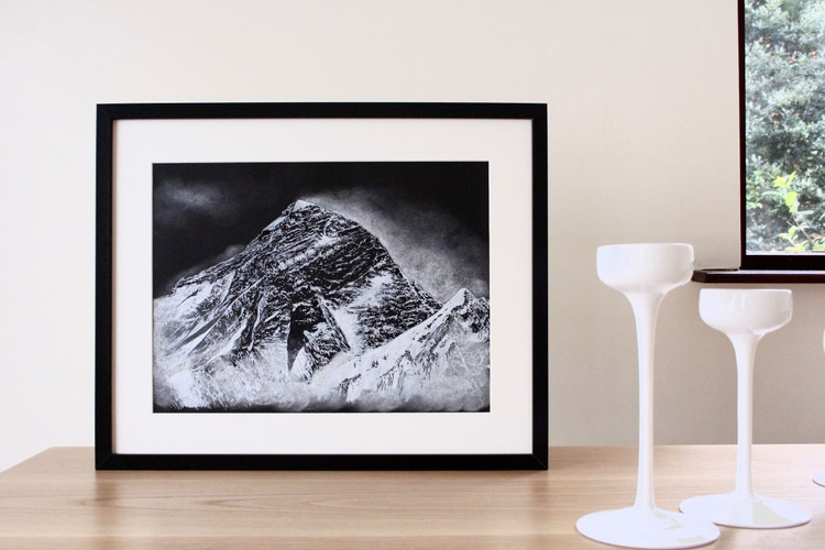 Everest - from Renjo Pass (mountain) - Image 0