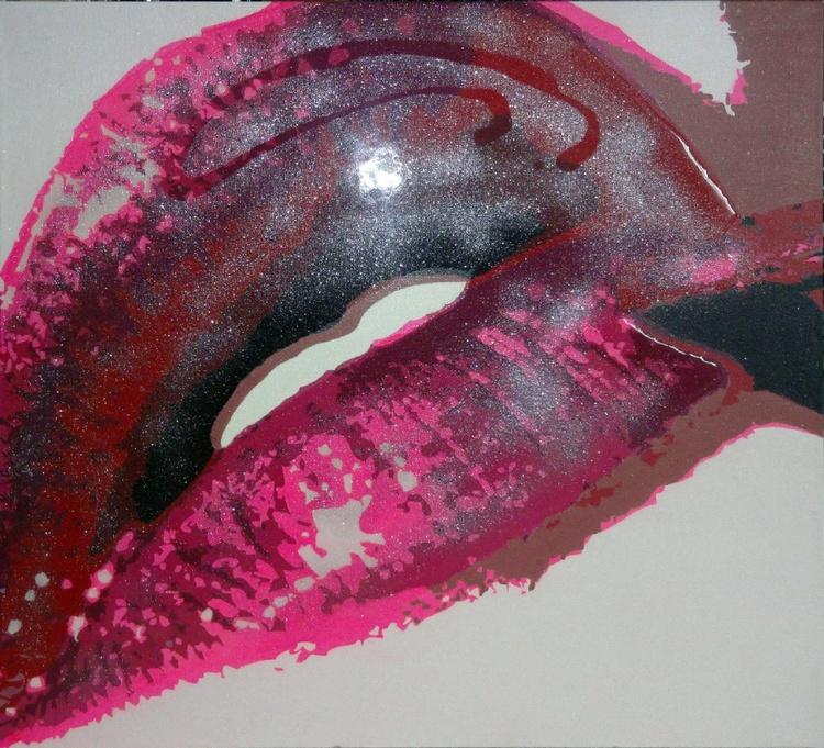 Pink Lip Brush - Image 0