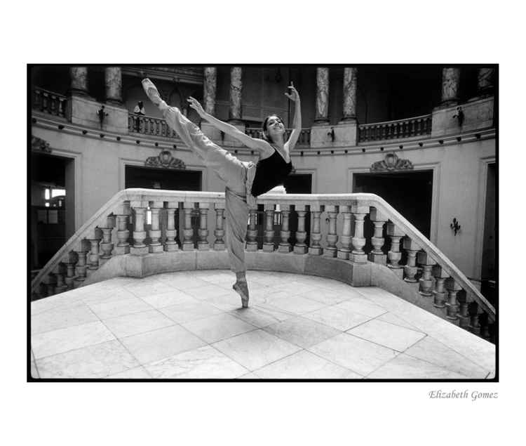 Portrait of a Dancer : Elizabeth Gomez -